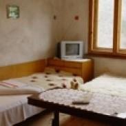 Хотели в Родопите - Семеен хотел Крушата  Триград