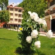 Хотелски комплекс спа център и ресторант в Огняново